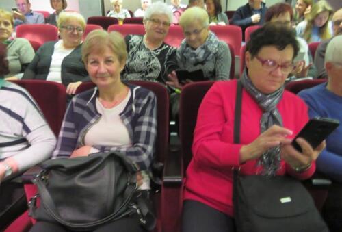 """Wycieczka do  Opactwa Benedyktynów w Tyńcu oraz do Teatru Bagatela w Krakowie na sztukę """"Mayday""""  016"""